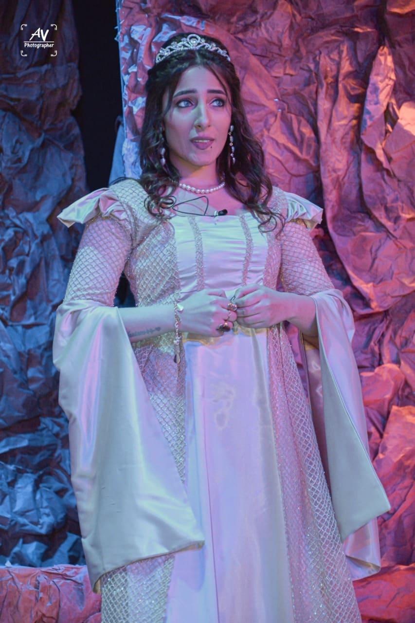 تينا جابر جوكر المسرح وغول العدالة آخر أعمالها